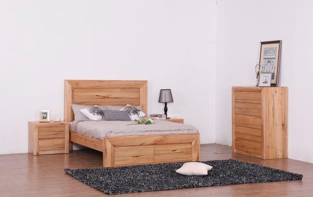 Lyon Solid Oak Bedroom Suite